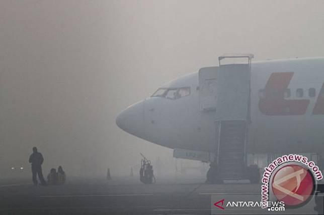 Penerbangan di Bandara APT Pranoto kembali terganggu