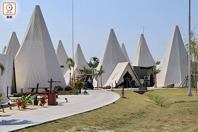 Treasure Bay Bintan是一間綜合式的酒店Resort,可找到沙漠式帳篷的獨立屋住宿。(李家俊攝)
