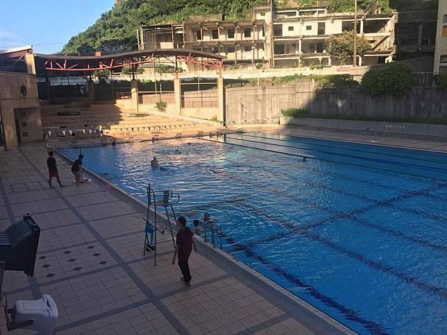海大泳池驚傳溺水 9歲女童臉色發白、流鼻血送醫