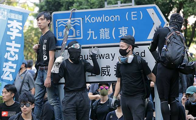 Hong Kong protesters must call a truce for the district council elections - or let Carrie Lam win the day