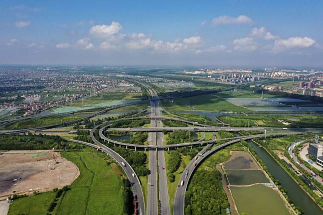 Shanghai offers cash incentives of up to US$8.5 million to lure financial institutions to Lingang free-trade zone area