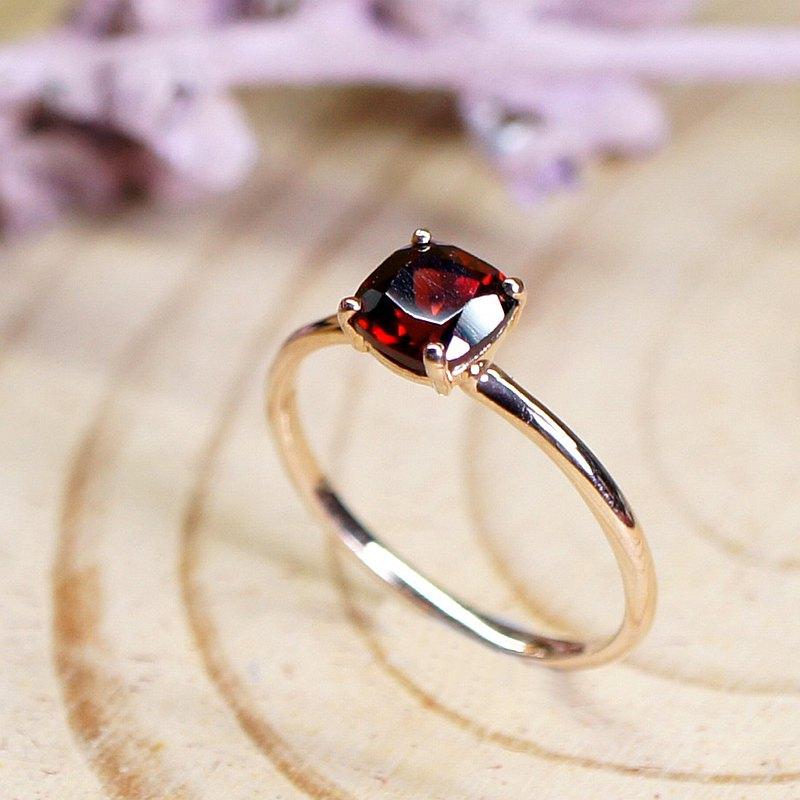 一件小小的珠寶看起來並不起眼,但它們可以把你的衣著配搭變得完整,額外提升你的信心。