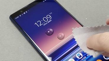防疫順便清潔手機......等一等!你確定用酒精擦拭手機螢幕是對的嗎?