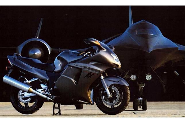 เผยประวัติ Honda CBR1100XX Super Blackbird ที่น่าสนใจเกี่ยวกับบิ๊กไบค์