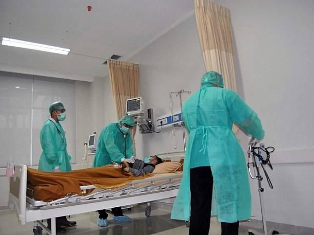 Nama 25 Dokter di Indonesia Gugur Karena Covid-19