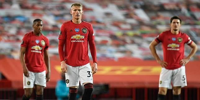 Ekspresi kekecewaan pemain Manchester United setelah ditahan imbang Southampton. (c) AP Photo