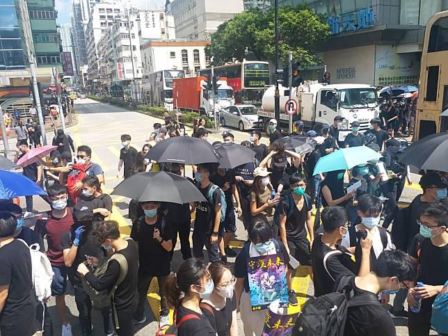網民發起周日荃灣遊行。資料圖片