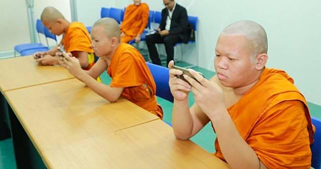 佛法無邊,泰國僧侶學生獲孔敬大學《極速領域》賽事冠軍
