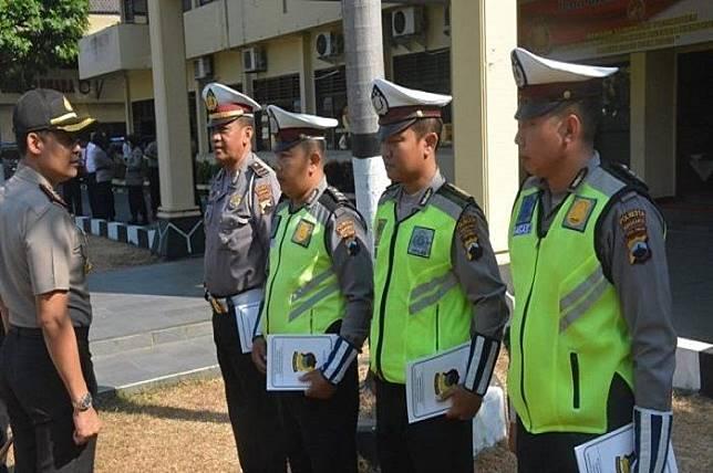 4 Anggota Polantas Solo Nekat Dahulukan Mobil Ambulans Daripada Iring-iringan Presiden Jokowi, Ini Sebabnya