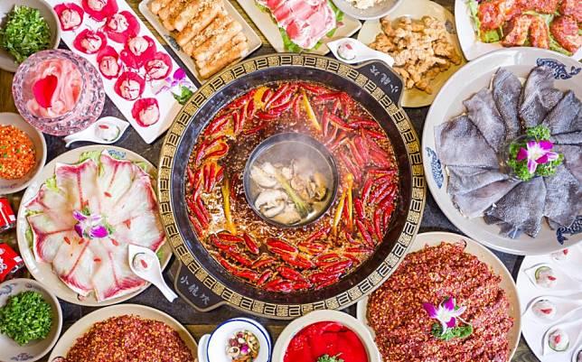 Xiaolongkan, China's hottest hot pot chain, plans New York City debut