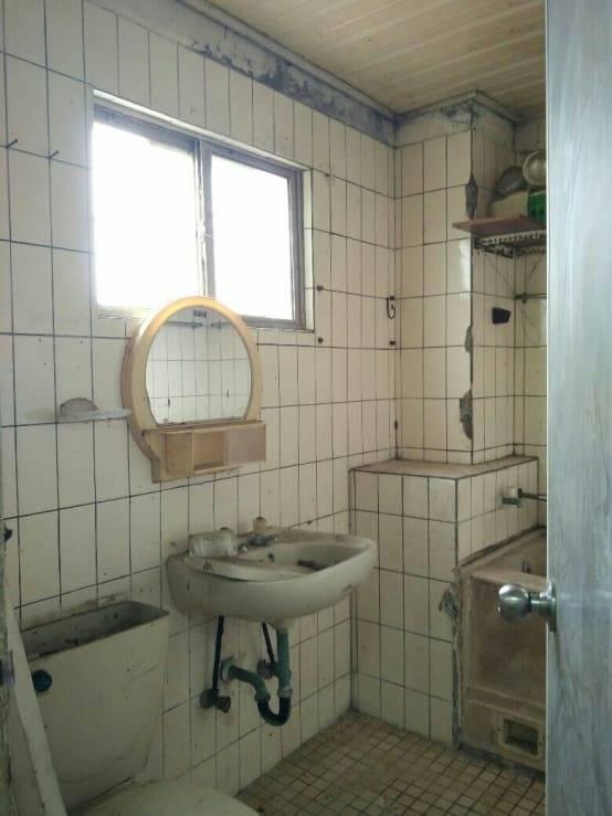 原來的浴廁