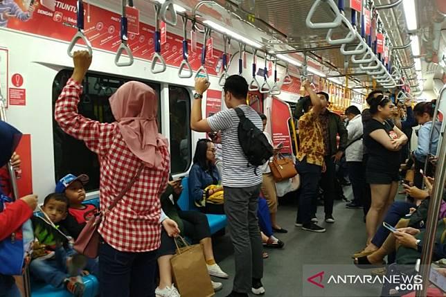 Stasiun MRT Bundaran HI ditutup hingga pukul 24.00 WIB