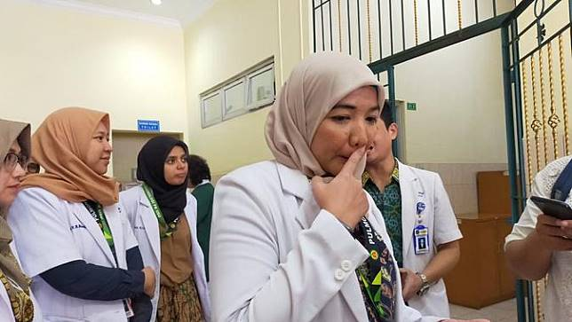 Koordinator Tim Penanganan Virus Corona RSUP Haji Adam malik, dr. Ade Rahmaini M. Ked (paru), Sp.P