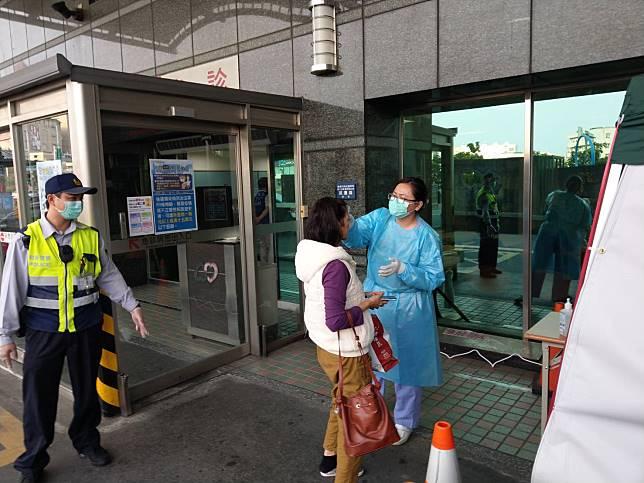 嘉基醫院隔離治療武漢台商 嘉義市成立應變指揮中心