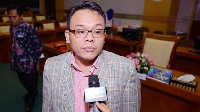 Pelaksana Harian Ketua Fraksi Partai Amanat Nasional (PAN) Saleh Partaonan Daulay. [DPR RI]