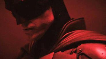 羅伯派汀森DC新版《蝙蝠俠》造型首度曝光!胸前蝙蝠標誌藏玄機?
