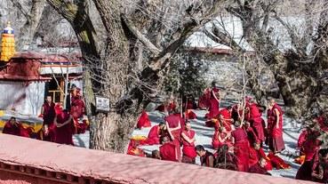 【中國西藏-拉薩景點】之一色拉寺.奇特藏傳佛教文化-辯經