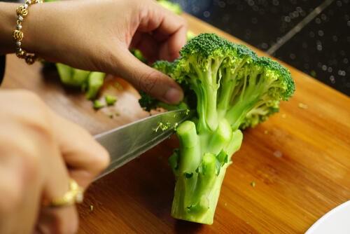 切り 方 ブロッコリー