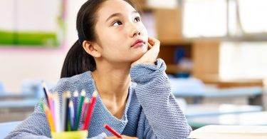 培養孩子的專注力,就那麼難嗎?或許是爸媽教養的3種行為造成的