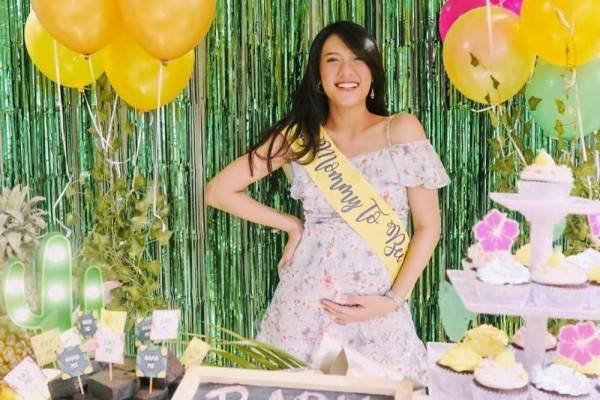 10 Potret Kejutan Seru Baby Shower untukAnnisa, Istri Raditya Dika