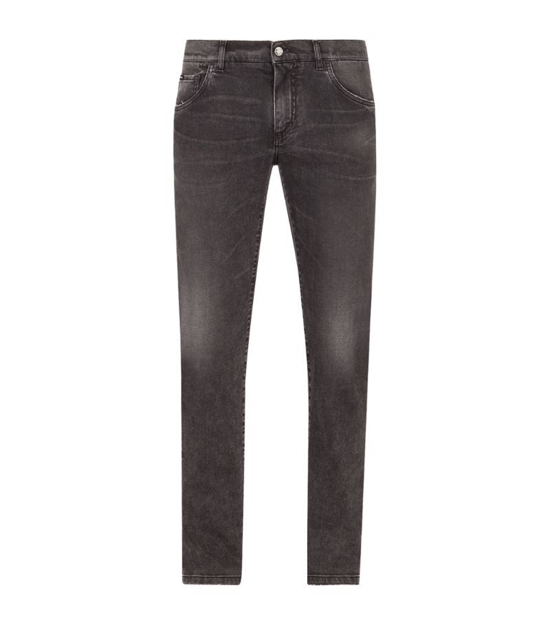 A cornerstone of the modern mans casual rotation, skinny jeans are equipped to form the foundation o