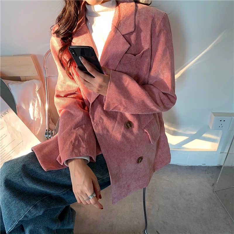 材質 : 氨綸 尺碼 : 均碼 面料 : 棉 領子 : 西裝領 衣門襟 : 雙排扣 顏色分類 : 炫粉色 顏色分類 : 米杏色 袖型 : 常規 組合形式 : 單件 成分含量 : 96%及以上 袖長 :