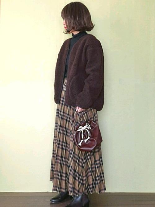 GU 棕色合身款毛絨外套