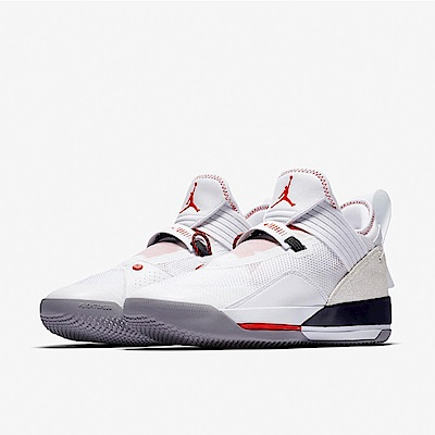 品牌: NIKE型號: CD9561-106Jordan XXXIIISE PF 籃球鞋 飛人喬丹 低筒 限量 白 紅