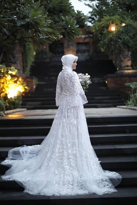 10 Inspirasi Gaun Pernikahan Sederhana Ada Yang Syari