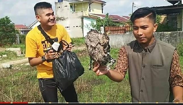 Terjadi Lagi, Youtuber Buat Prank Bagi Daging Kurban Isi Sampah