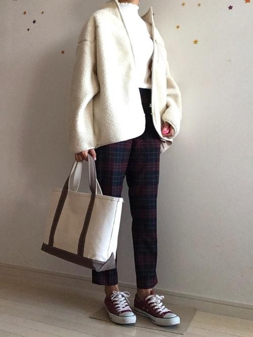 思夢樂 白色立領毛絨外套