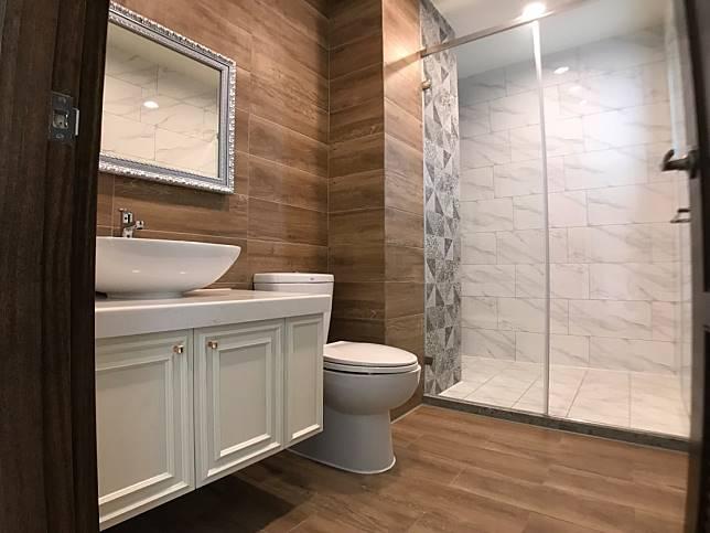 三樓前浴室
