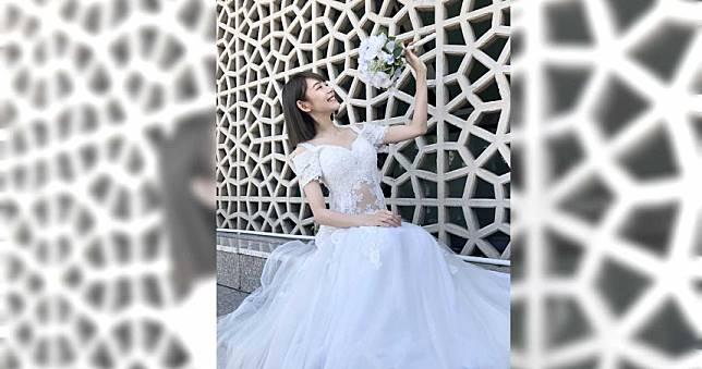 林明禎拿著捧花甜笑...絕美婚紗照曝光
