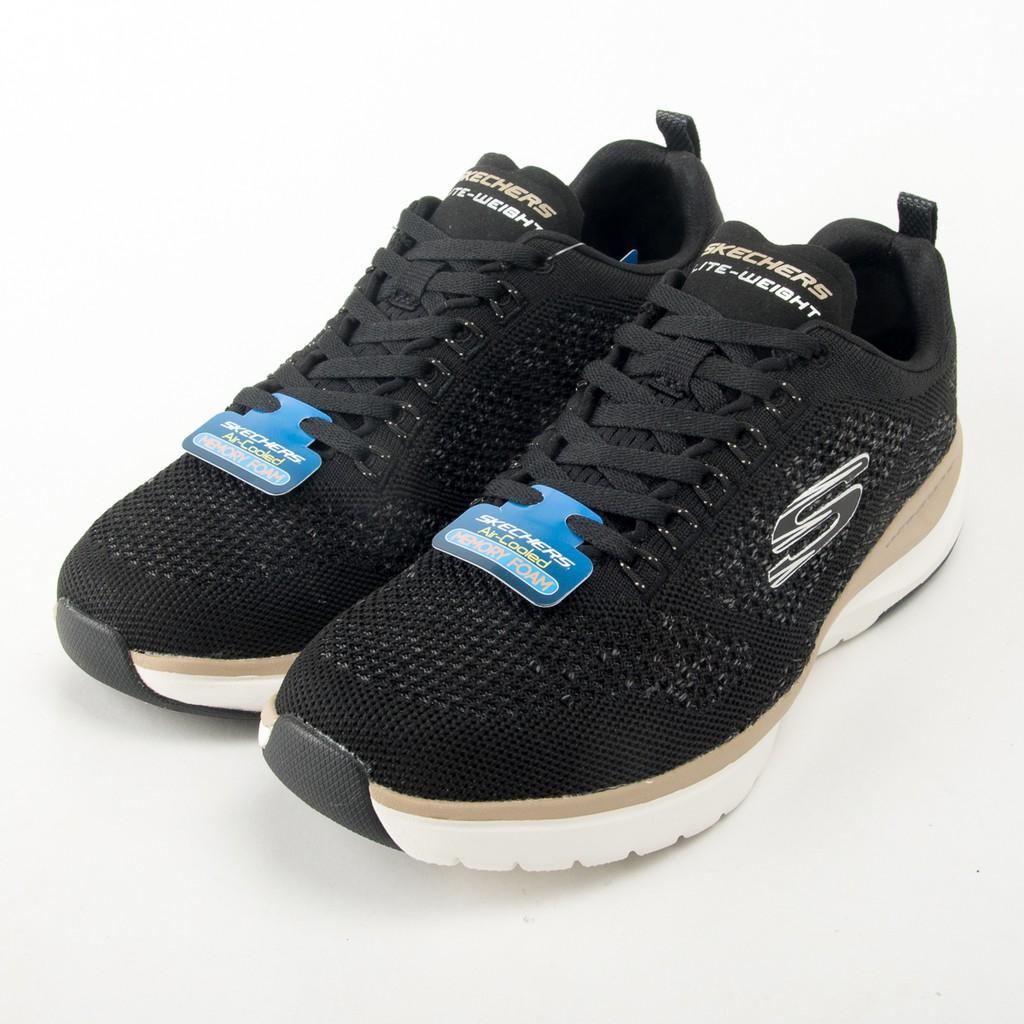 #Skechers #現貨 #Skechers慢跑鞋使用SKECHERS Ultra Groove-Royal Dragoon鞋,以先進的減震舒適性和時尚的運動風格武裝自己。柔軟的編織平針織網眼織物鞋