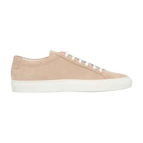 This elegant variation of the Achilles sneakers retains the traditional and comfortable outline of t
