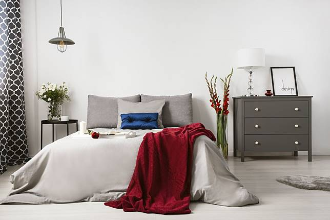 Inspirasi Desain Interior Kamar Tidur Romantis Yang Bikin Kangen Pasangan Arsitag Com Line Today