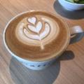 カフェラテ - 実際訪問したユーザーが直接撮影して投稿した新宿カフェCafficeの写真のメニュー情報