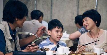 路人:你小孩有問題!家扶調查6成特殊兒童受到不友善對待