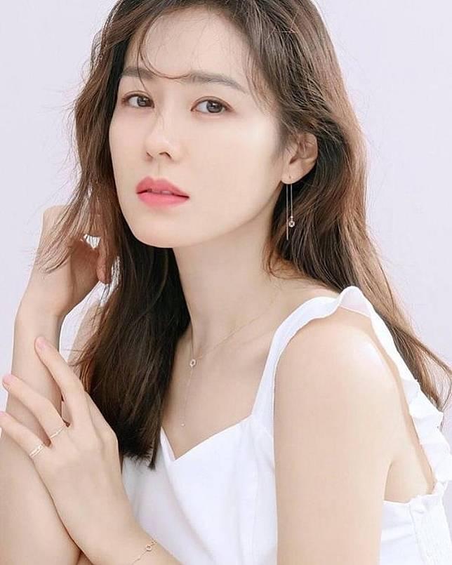 100 อันดับ ผู้หญิงสวยที่สุดในโลก 2020 ลิซ่า BLACKPINK อันดับ 2 ญาญ่า อันดับ  4 | MThai.com | LINE TODAY