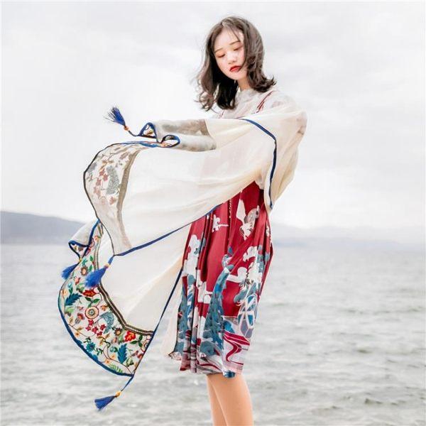 絲巾女輕薄款防曬披肩民族風茶卡鹽湖圍巾夏天紗巾