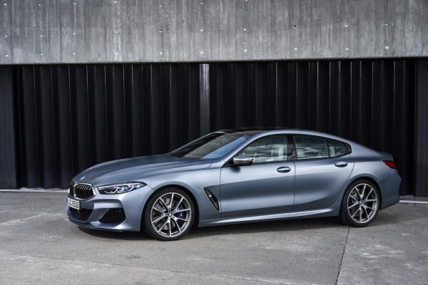 P90351069_highRes_the-new-bmw-8-series.jpg