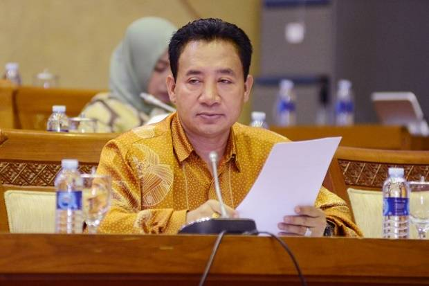 Meninggal PDP Corona, Jenazah Anggota DPR Imam Suroso Langsung Dimakamkan