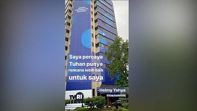 Helmy Yahya yang baru saja dipecat dari Dirut TVRI oleh Dewan Pegawas mengunggah foto gedung TVRI pada hari ini, Sabtul, 18 Januari 2020. Postingan ini langsung menuai respon dari kalangan netizen, Twitter/@helmyyahha