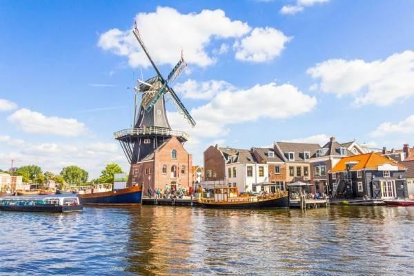 22 Alasan Kamu Gak Usah Ragu Kuliah di Belanda, Semangat!