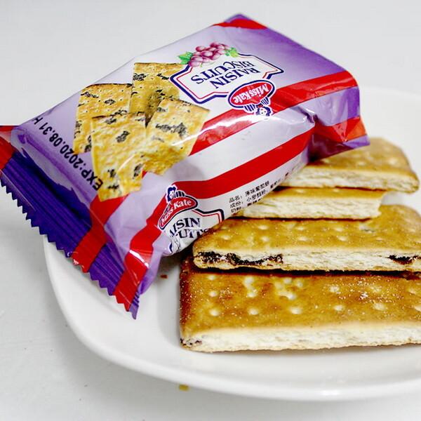 【Miss Kate原味葡萄餅】1包(26克)奶素 來自新加坡的原味葡萄餅,不敗的經典餅乾 ! ✓餅乾酥脆,葡萄餡夾心有軟糖口感。 ✓獨立包裝,食用方便。 ✓零食點心、拜拜、郊遊、同學會必備。 品名