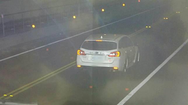 時速192! Subaru晚間7點狂飆基平隧道挨罰2萬4