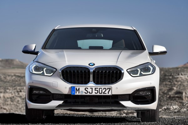 P90349605_highRes_the-all-new-bmw-1-se.jpg