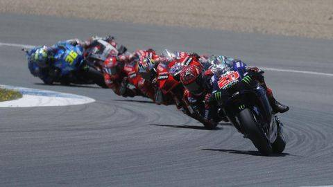 Fabio Quartararo sempat memimpin balapan MotoGP Spanyol 2021. (REUTERS/JON NAZCA)