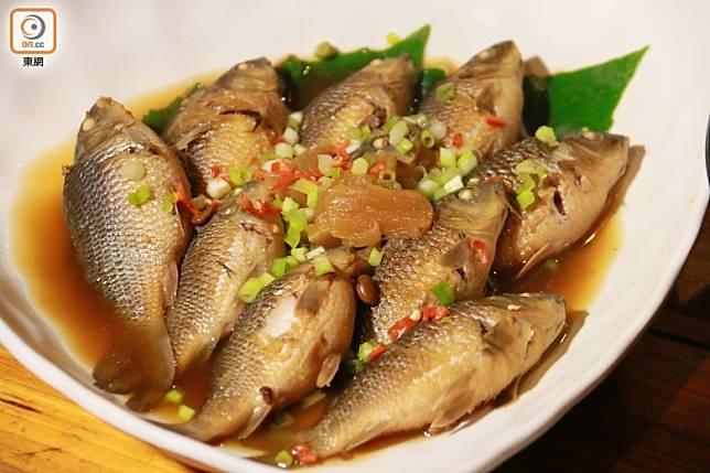 推介口味相當鮮美的醬筍軟骨呆魚。(劉達衡攝)
