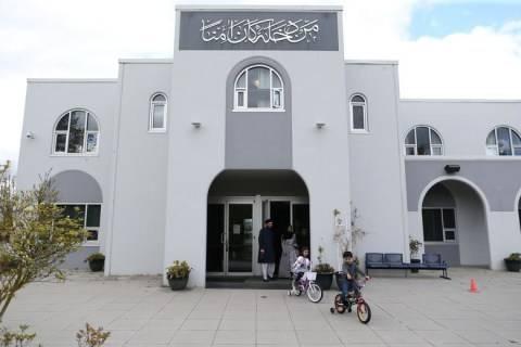 MasyaAllah, Pertama Kalinya Masjid Tertua di Vancouver, Kanada, Kumandangkan Azan